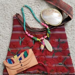 Tropical fun necklace and wallet